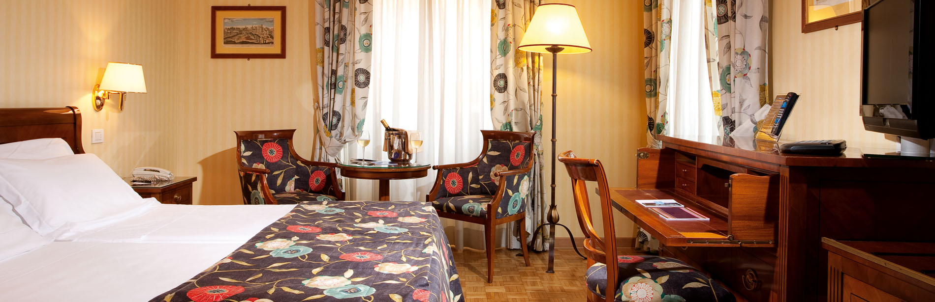 Superior Double Room - Hotel Victoria Roma