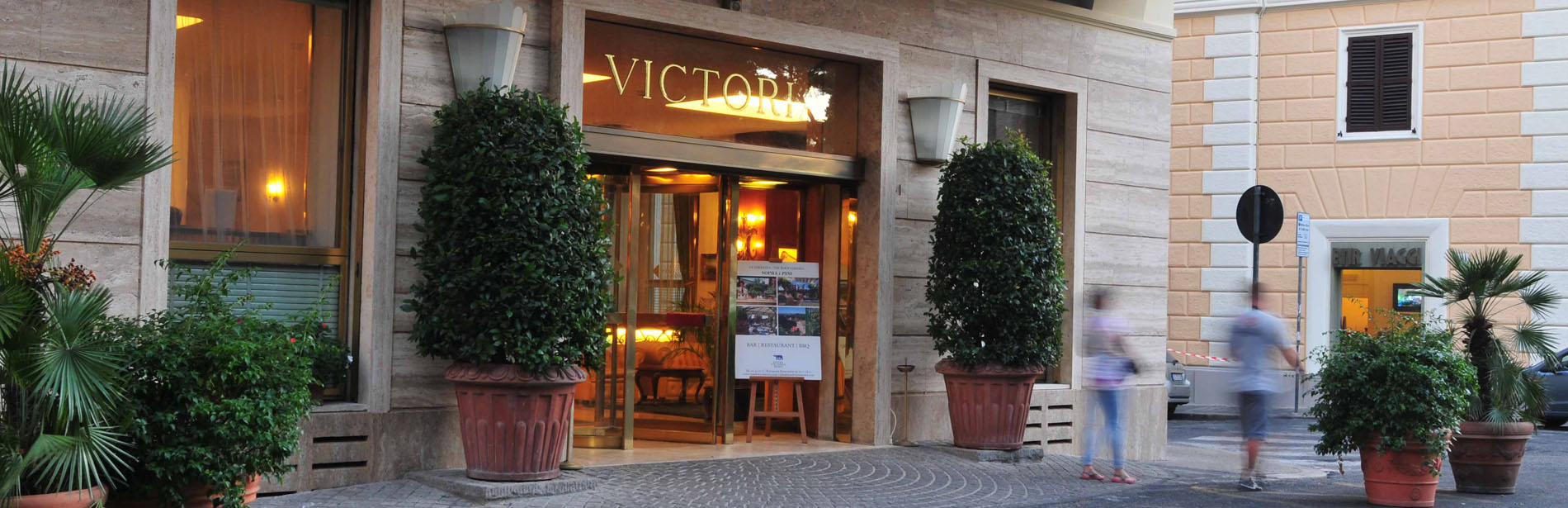 Zimmerservice - Hotel Victoria Roma